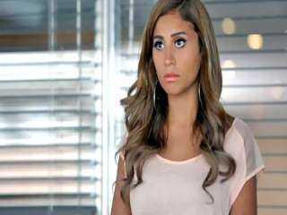 دينا الشربيني: «الهضبة غير حياتي كلها» (فيديو)