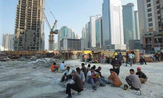 منظمات تطالب قطر بتوفير حماية للعمال من فيروس كورونا