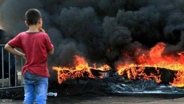 لبنان.. تصاعد الاحتجاجات في بيروت لليوم الثاني.. وتحذيرات من السفارات لـ رعاياها
