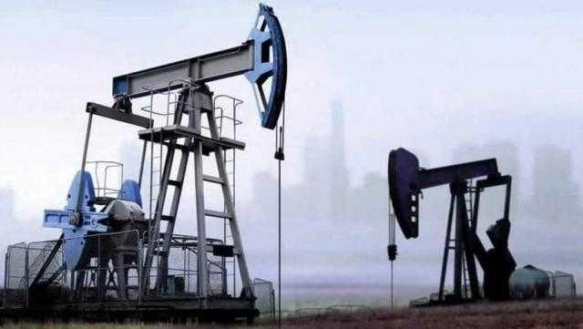 أسعار النفط تتراجع مع تنامي المخاوف بشأن الطلب العالمي