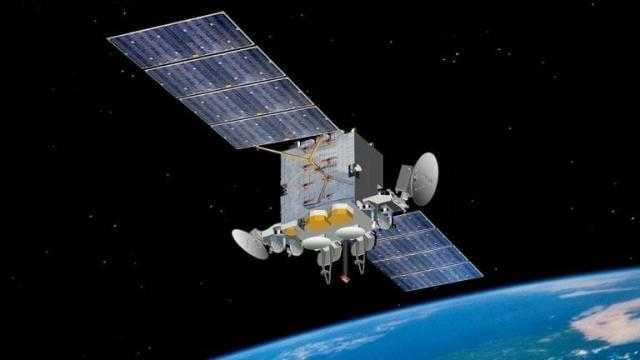 روسيا تقترب من إطلاق قمر صناعي عسكري جديد