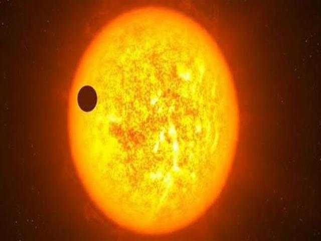 ظاهرة غريبة.. معهد الفلك يحذر من النظر للشمس غدًا