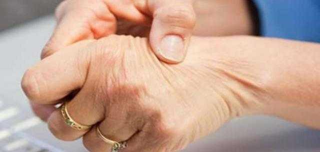 كيف يصاب طفلك بالحمى الروماتيزمية ؟