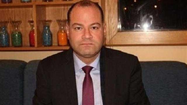 نشأت الديهي يطالب بإغلاق المركز الثقافي التركي بالقاهرة