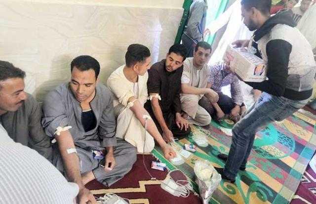 """أهالي قرية """"نوارة"""" يتبرعون بـ 750 كيس دم لـ مريض (فيديو)"""