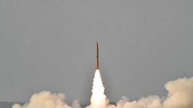 """باكستان تنجح في إطلاق صاروخ باليستي """"أرض- أرض"""""""
