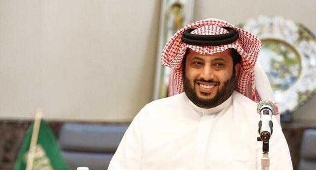 """بمبلغ ضخم.. تركي آل الشيخ يعلن بيع """"BMW 1981"""""""