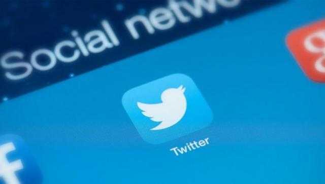 غضب الملايين يجبر تويتر على التراجع عن قراره الأخير