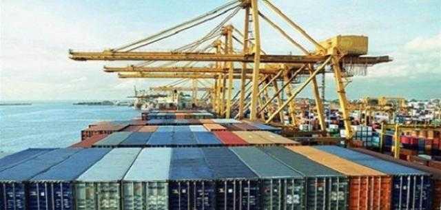 زيادة الصادرات وانخفاض عجز الميزان التجاري بـ2 مليار دولار