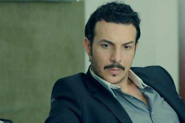 """ترشيح باسل خياط لبطولة """"اسود فاتح"""""""