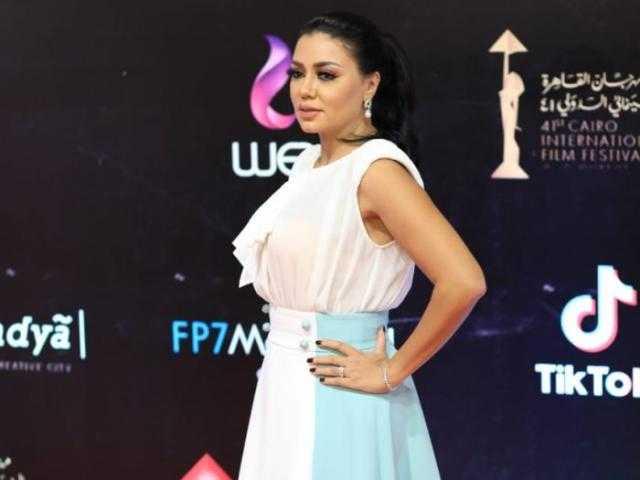 رانيا يوسف تكشف سر حفاظها على جمالها ورشاقتها
