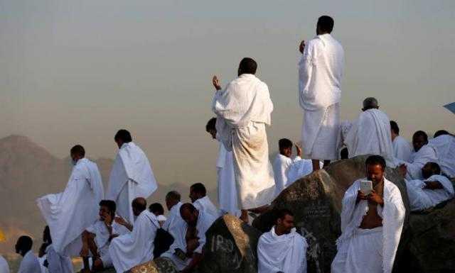 اجتماع عاجل لوزارة السياحة لبحث تداعيات تعليق السعودية تأشيرات العمرة