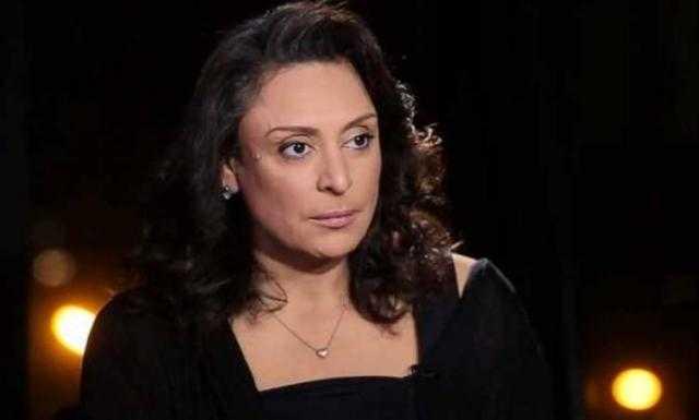 تزوجت 5 مرات.. قصة منى عراقي كارهة الرجال التي تكشف الفساد