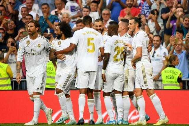 إيسكو وبنزيمة يقودان هجوم ريال مدريد أمام مانشستر سيتي