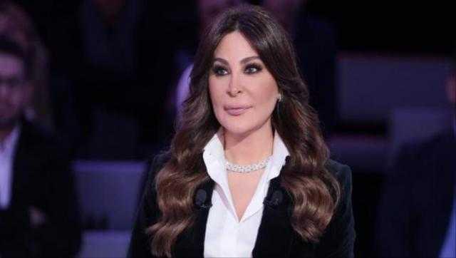 بسبب كورونا.. إليسا تهاجم حكومة لبنان