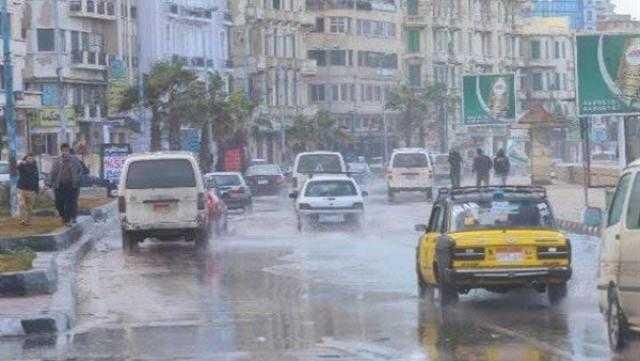 """الأرصاد تحذر من طقس الجمعة: """"أمطار ورياح"""""""