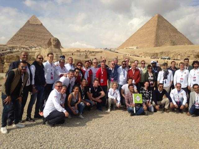 وفد البنك الدولي يزور الأهرامات والمتحف المصري الكبير