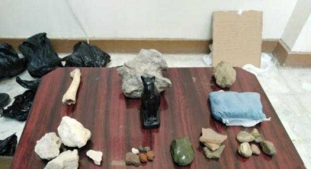 ضبط 7أشخاص بحوزتهم 24 قطعة أثرية في أسيوط