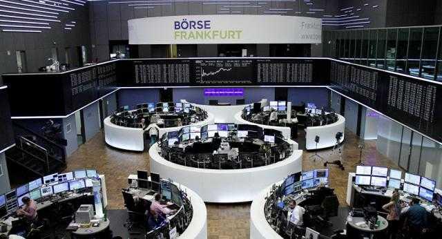 """انخفاض الأسهم الأوروبية بسبب مخاوف """"كورونا"""""""