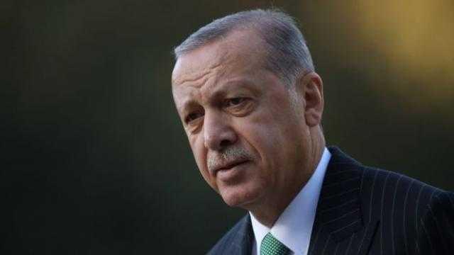 """""""حمزة زوبع"""".. طردته قطر فقدم فروض الطاعة لـ أردوغان"""