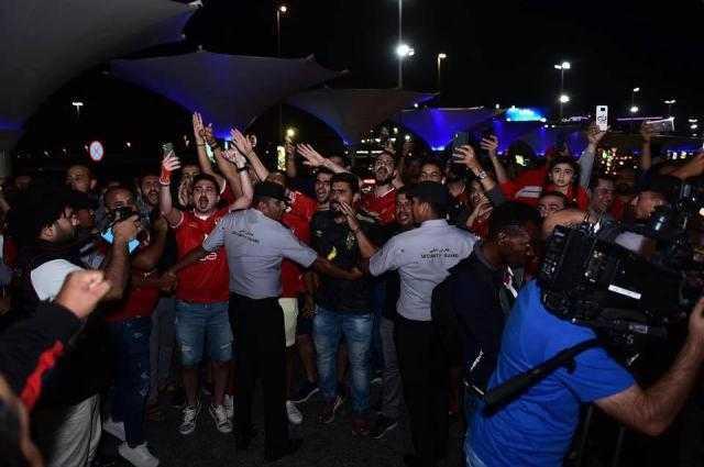 استقبال جماهيري كبير لبعثة الأهلي في الإمارات (صور)