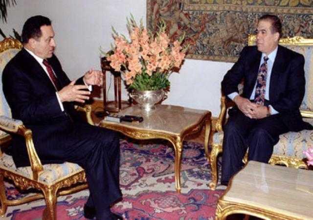 كمال الجنزوري: مبارك لم يكن قائدا أعلى بحكم الوظيفة فقط