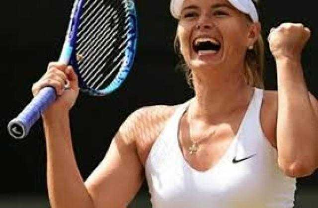الحسناء التي هجرت التنس.. شاهد إطلالات جريئة لـ ماريا شارابوفا