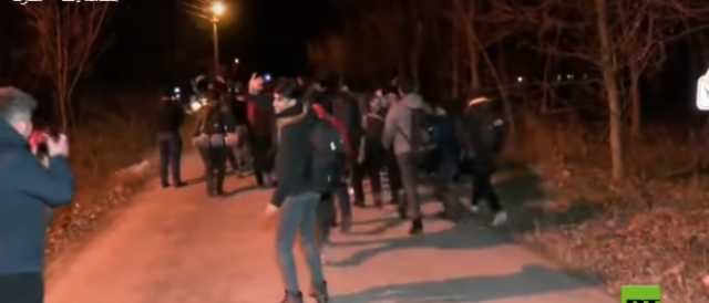 تركيا تفتح حدودها لعبور المهاجرين نحو أوروبا (فيديو)