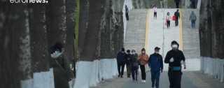 أخيرا .. الصينيون في الشوارع بعد غمة كورونا (فيديو)