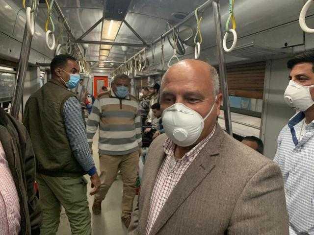 شاهد.. كامل الوزير يرد على وائل الإبراشي من محطة مترو الشهداء