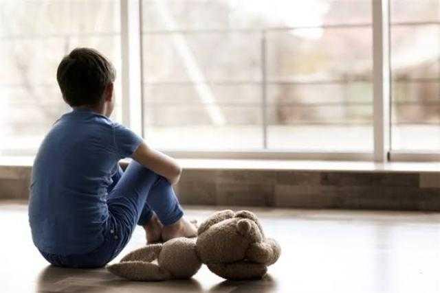 خلي بالك.. هذه الاضطرابات النفسية تصيب طفلك خلال العزل