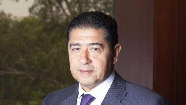 """هشام عز العرب لموظفي CIB: """"أنتم أبطالنا الحقيقيين"""""""