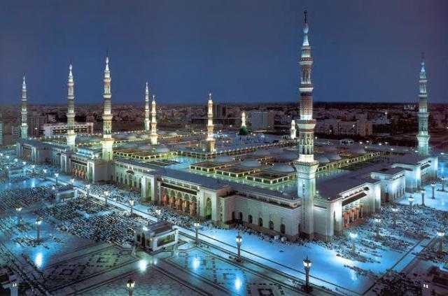 انفراجة.. السعودية تعلن عودة الصلاة في المساجد