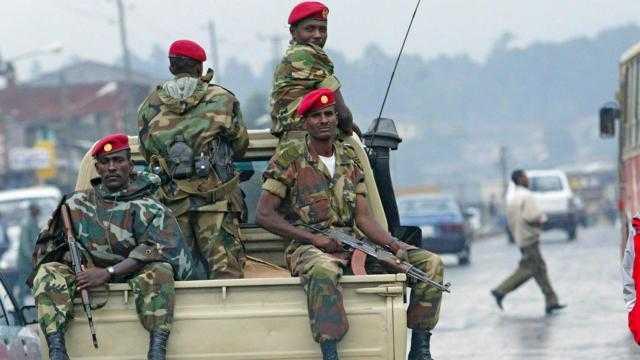 بوادر.. هل ينقلب الجيش الإثيوبي على سياسات الحكومة؟