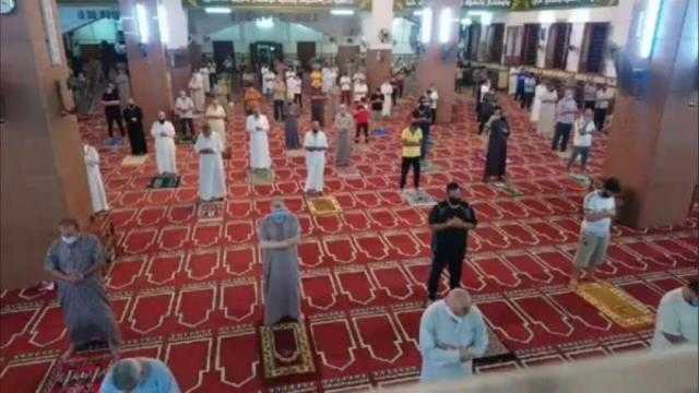 الأوقاف تكشف حقيقة فتح المساجد في صلاة الجمعة
