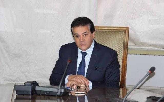 خالد عبدالغفار: نطور 4 لقاحات و3 أدوية لـ علاج كورونا