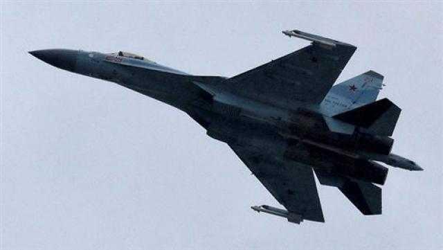 طيران الجيش العراقي يدمر عجلة مفخخة وأنفاق لـ داعش