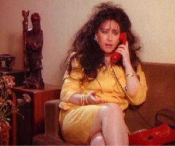 بعد أعوام من اعتزالها.. أين اختفت نجمة إغراء الثمانينات وكيف تغير شكلها الآن؟