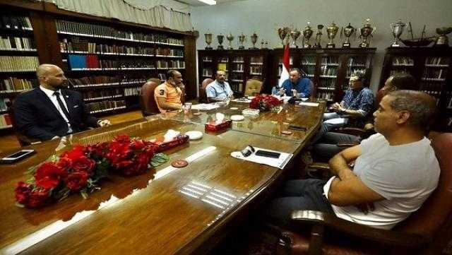 الخطيب يجتمع مع الخبير التشيكي لقطاع الناشئين في الأهلي