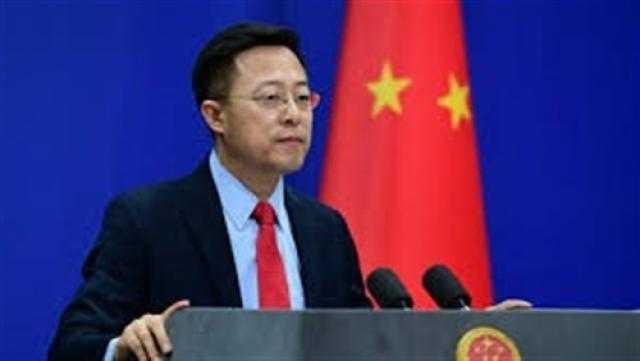 الصين تعلن التخفيف التدريجي لقيود التأشيرات