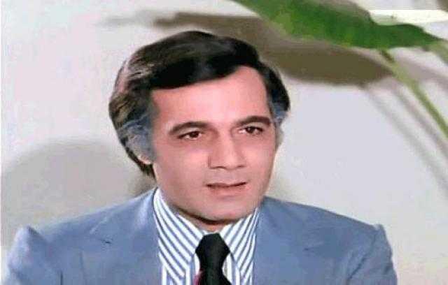 سبب شائعة وفاة الفنان محمود ياسين (فيديو)