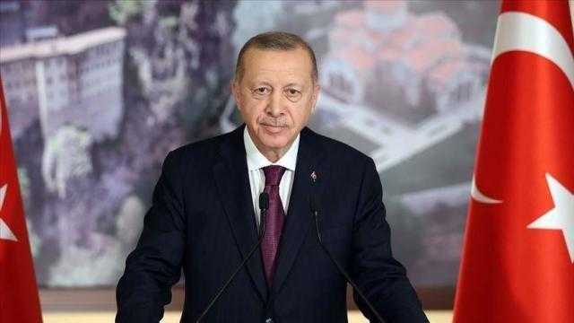 أردوغان يستفز ويهاجم اليونان وفرنسا