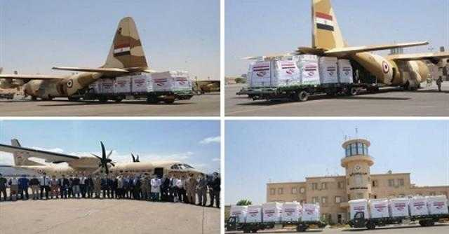 القوات المسلحة: تكثيف الجسر الجوي لـ إرسال المساعدات العاجلة إلى لبنان