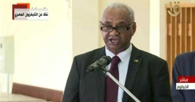 وزير الإعلام السوداني: اتفاق على تبادل المنح الدراسية مع مصر