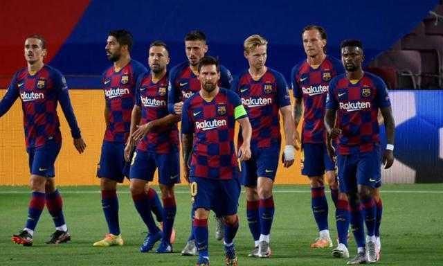 لا يهتم بميسي .. ريفالدو يطالب برشلونة بالتعاقد مع الساحر