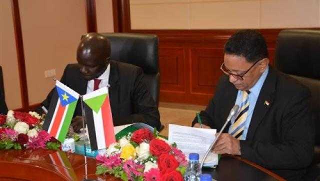 السودان وجنوب السودان يوقعان اتفاقية للتعاون النفطي