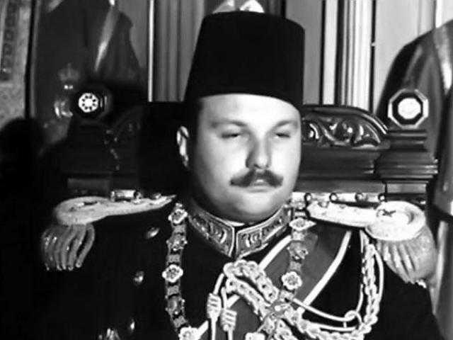 عندما وافق والدها مقابل نيل البكوية.. حكاية إصرار الملك فاروق على الدخول بعروس قبل عريسها