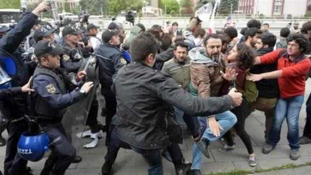 اعتقال ٤٦ عسكريا وشرطيا.. أردوغان يأمر بحملة ضد أنصار جماعة جولن