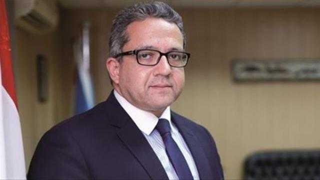 العناني يلتقي صالح الشيخ لمناقشة الهيكل التنظيمي للوزارة و مؤقتي الأعلى للآثار