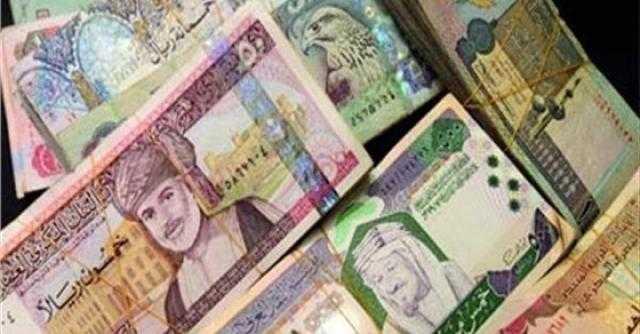 سعر العملات العربية اليوم الاثنين في مصر